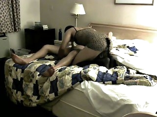 amateur,hotel,crossdresser